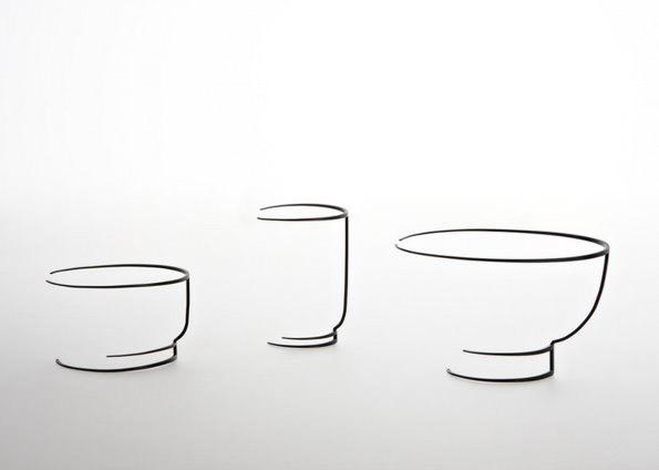 手绘线条图像茶杯